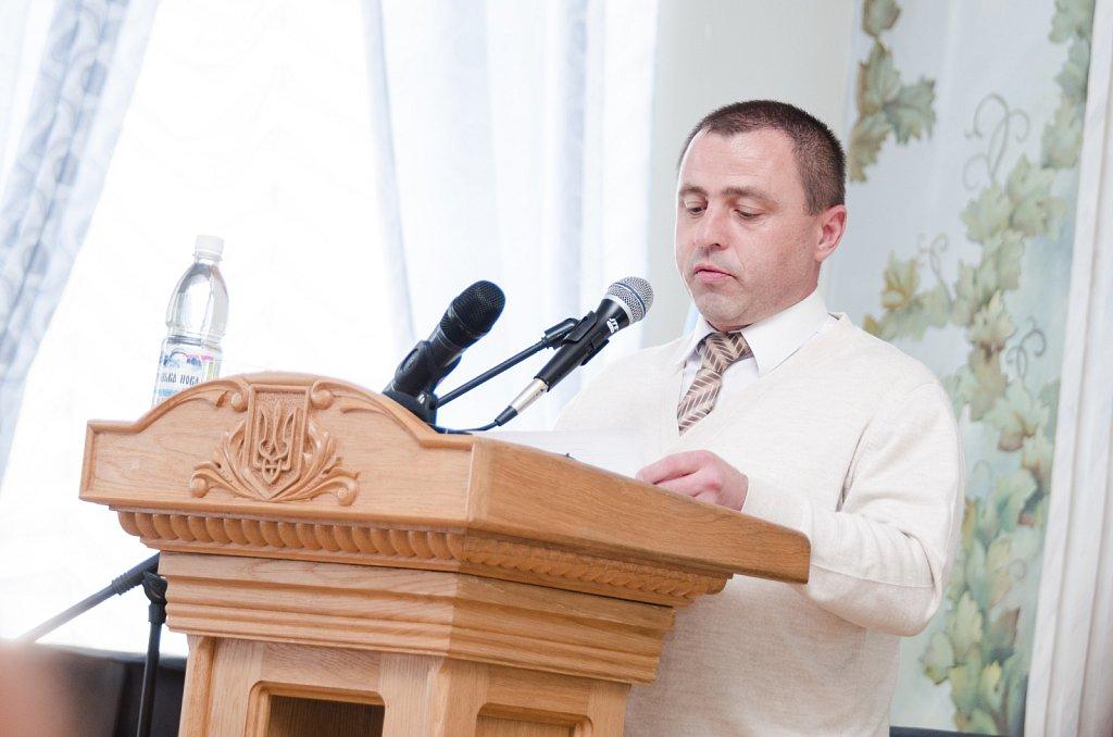 Понад 100 студентів Острозької академії отримали стипендії і гранти